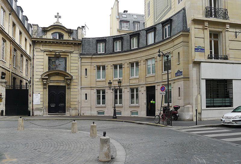 800px p1110380 paris vii place saint thomas d aquin rwk