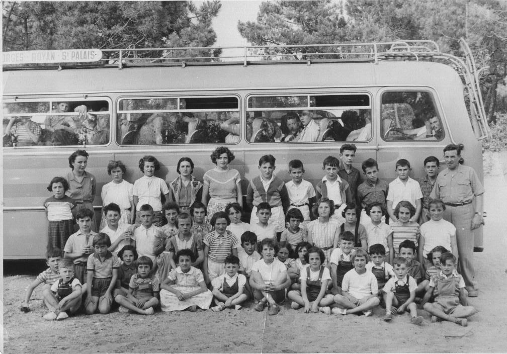 Classe d annick en voyage 1951 recto