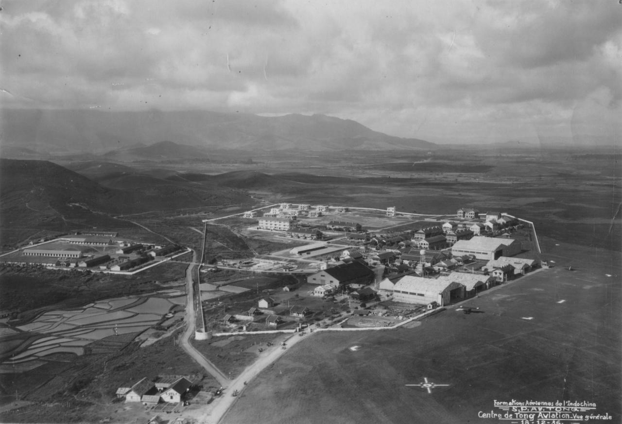 l'aérodrome de Tong