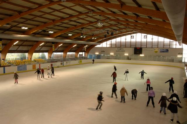 L interieur de la patinoire en 1970