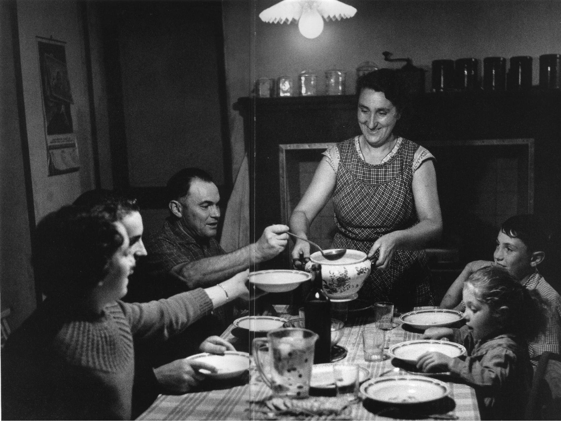 La soupe chez des fermiers le brillac charente 1957 janine niepce