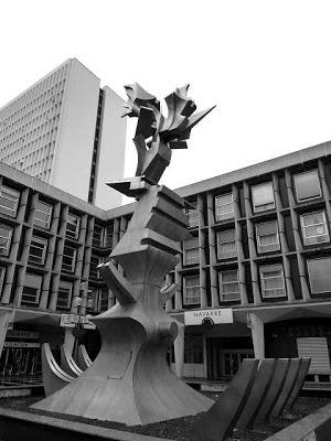 La statue de la place de france