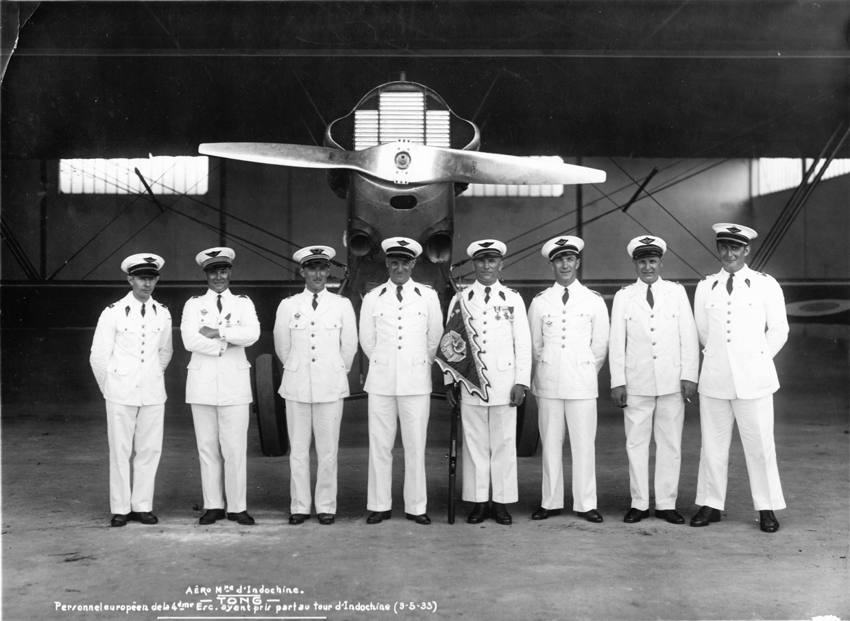 Crews of the 4th squadron of Indochina