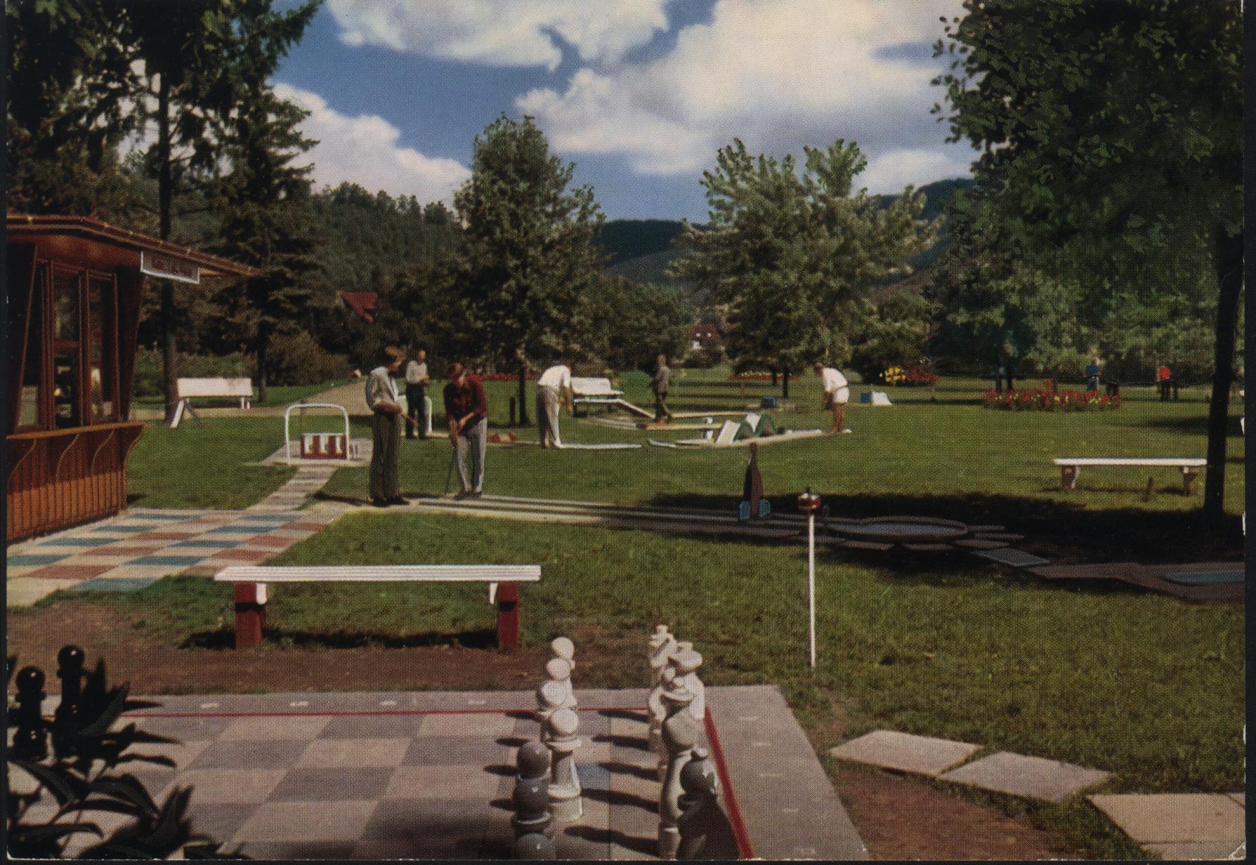 Rfa 72 76 bad lauterberg golf miniature dans le parc des curistes